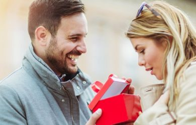 7 Special Gifts to Make Your Better Half Happy