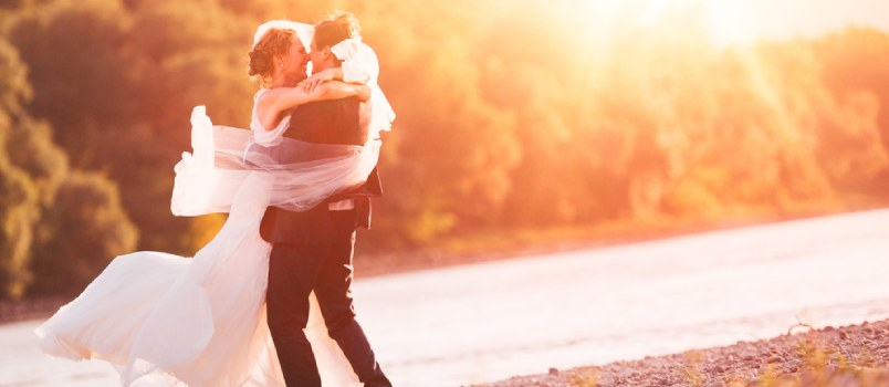 10 Signs of How to Marry the Right Person