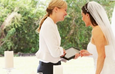 "5 Reasons to Say ""I Do"" to Wedding Directories"