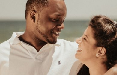 9 Relationship Tips for Men to Become Irresistible