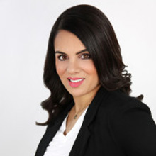 Natasha Sharma, Therapist, Relationship Expertin Toronto, ON