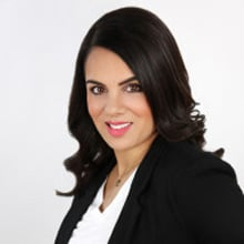 Natasha Sharma, Therapist, Relationship Expert Toronto, ON