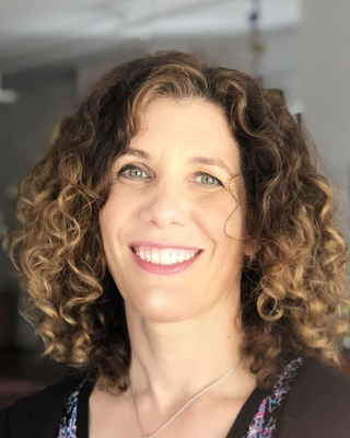 Cynthia Bullinger, Marriage & Family Therapist Associate in Nashville, TN