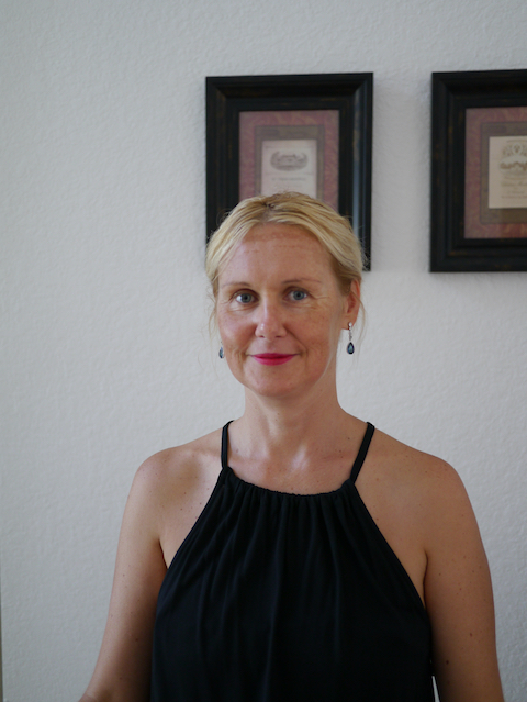 Eva Smidova, LMFT, Marriage & Family Therapist