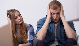 Stop before reacting to minor offences in a relationship